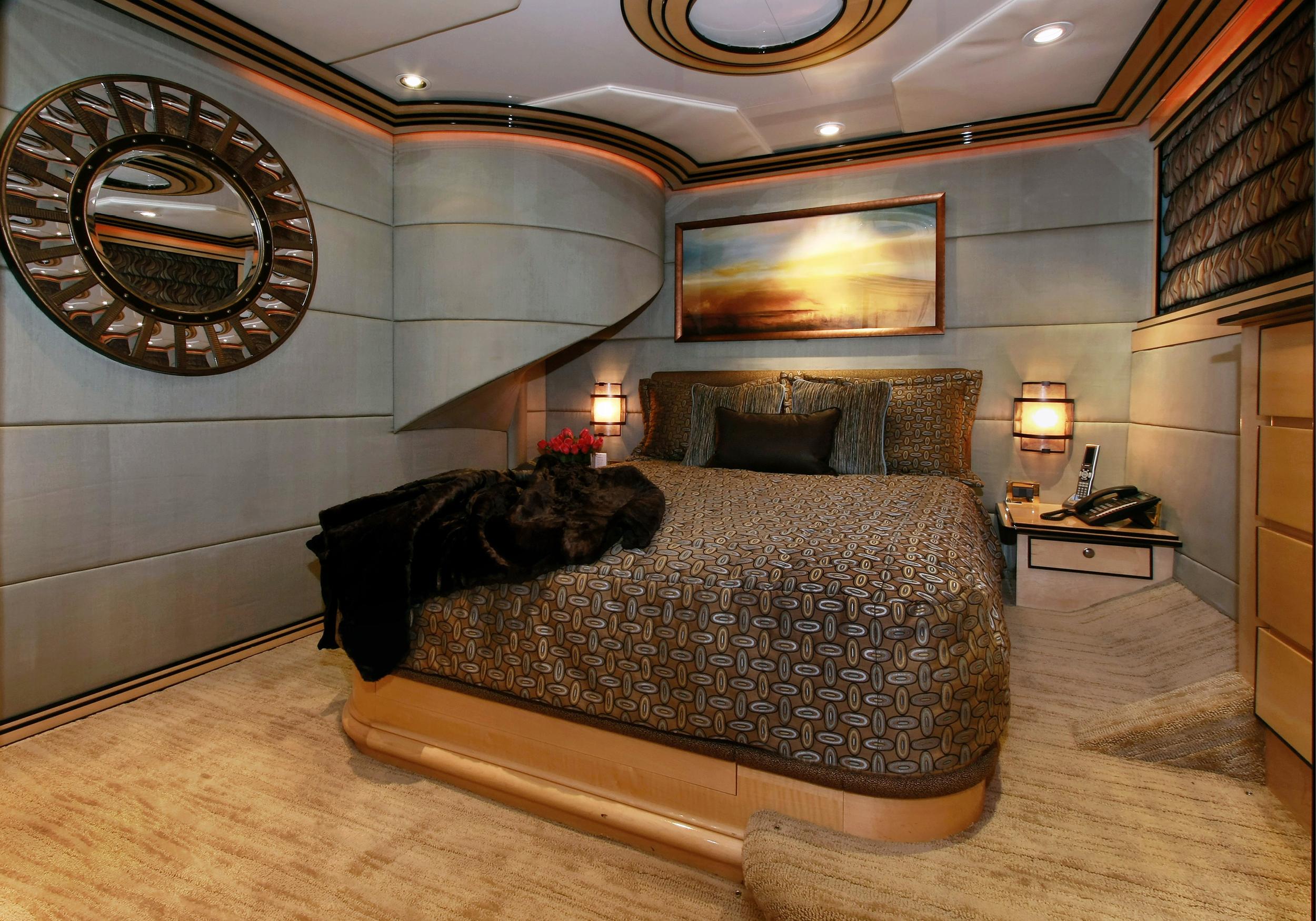 Karen-Lynn-Interior-Design-Yacht-Impulsive-13.jpg