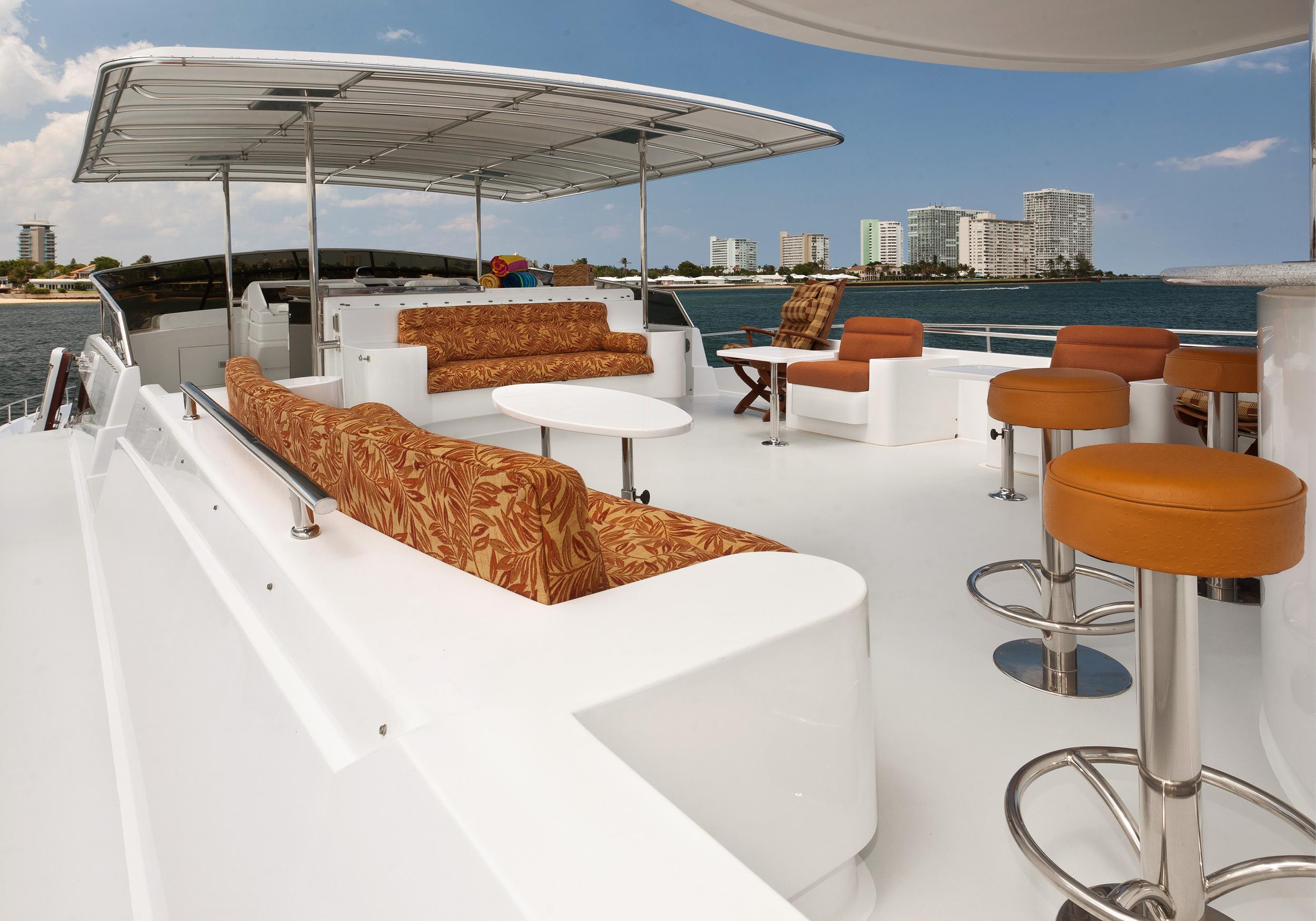 Karen-Lynn-Interior-Design-Yacht-Marbella-17.jpg