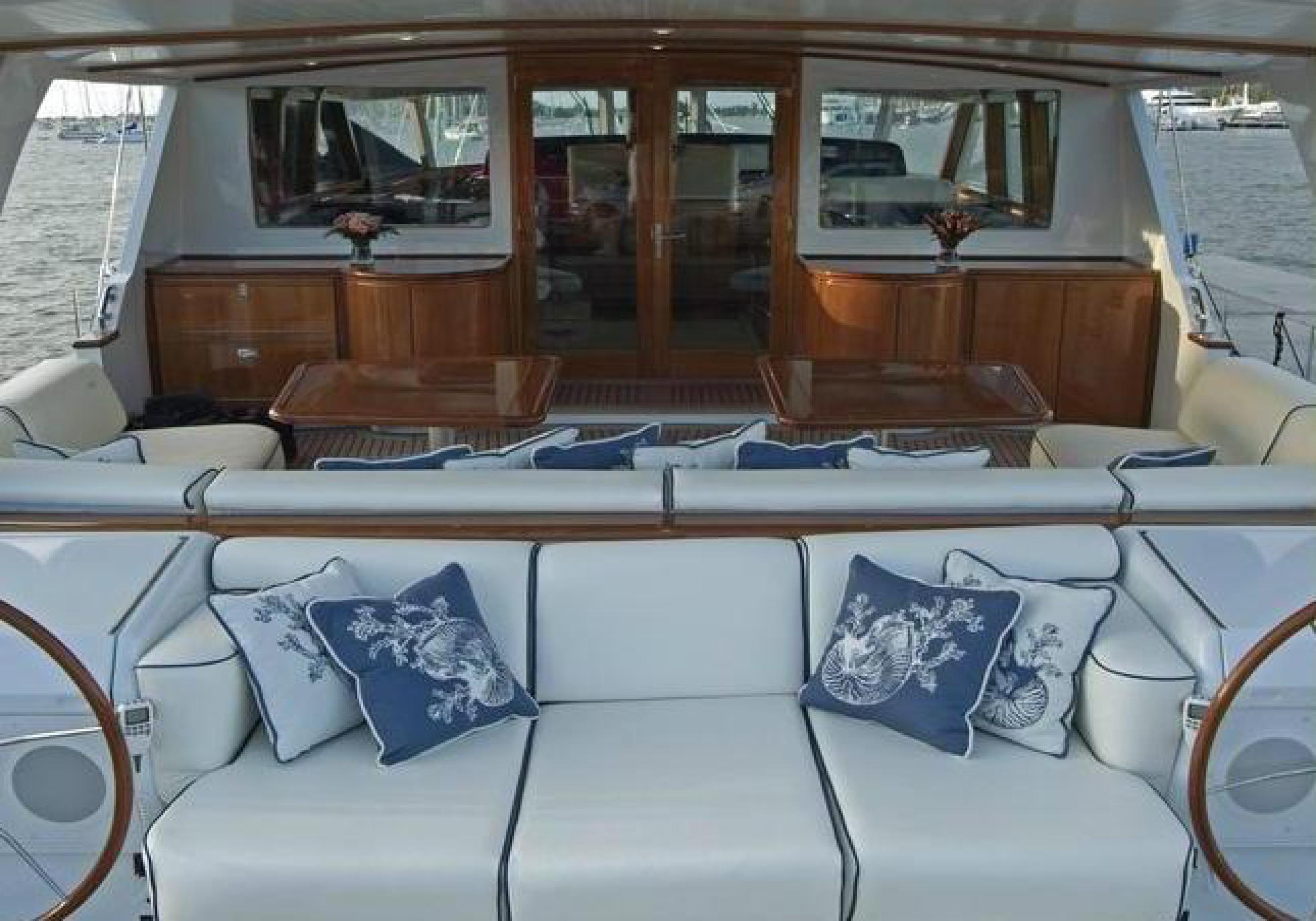 Karen-Lynn-Interior-Design-Yacht-Kaori-46.jpg