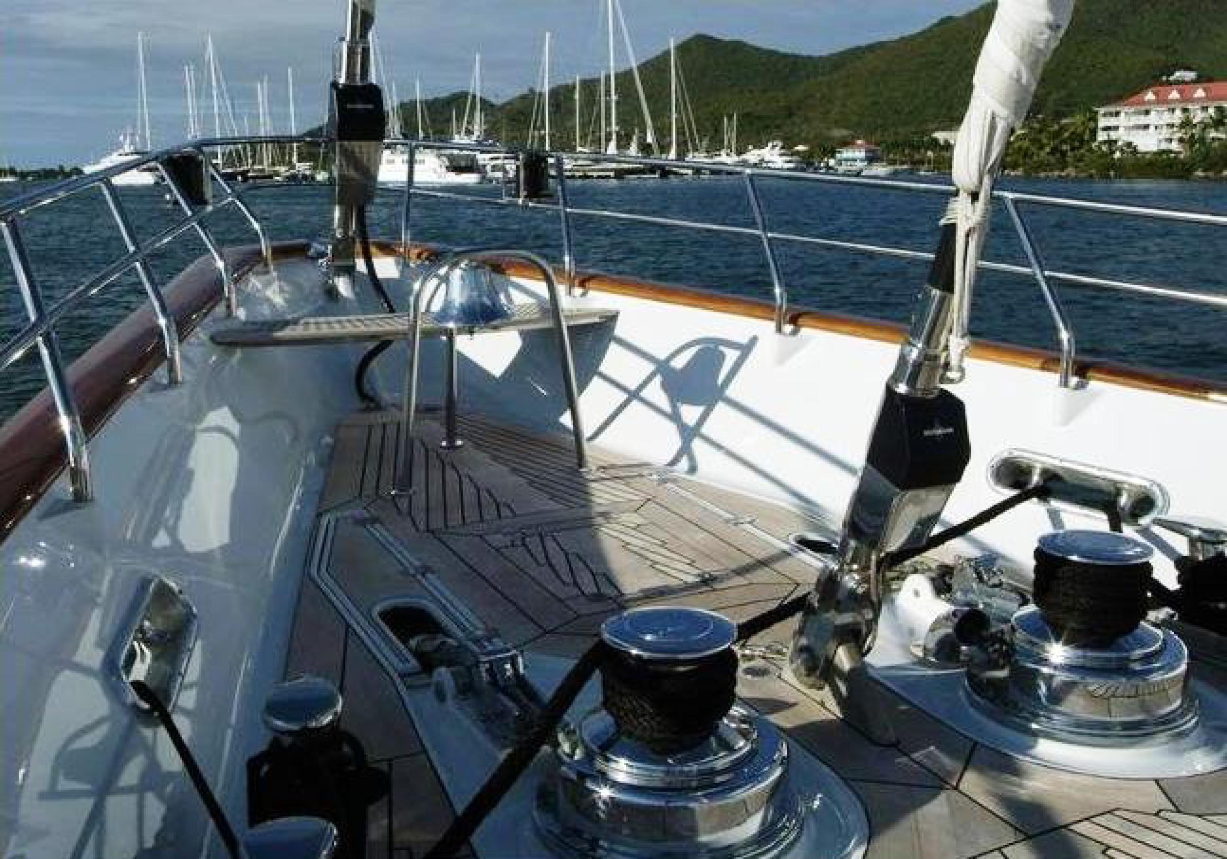 Karen-Lynn-Interior-Design-Yacht-Kaori-51.jpg