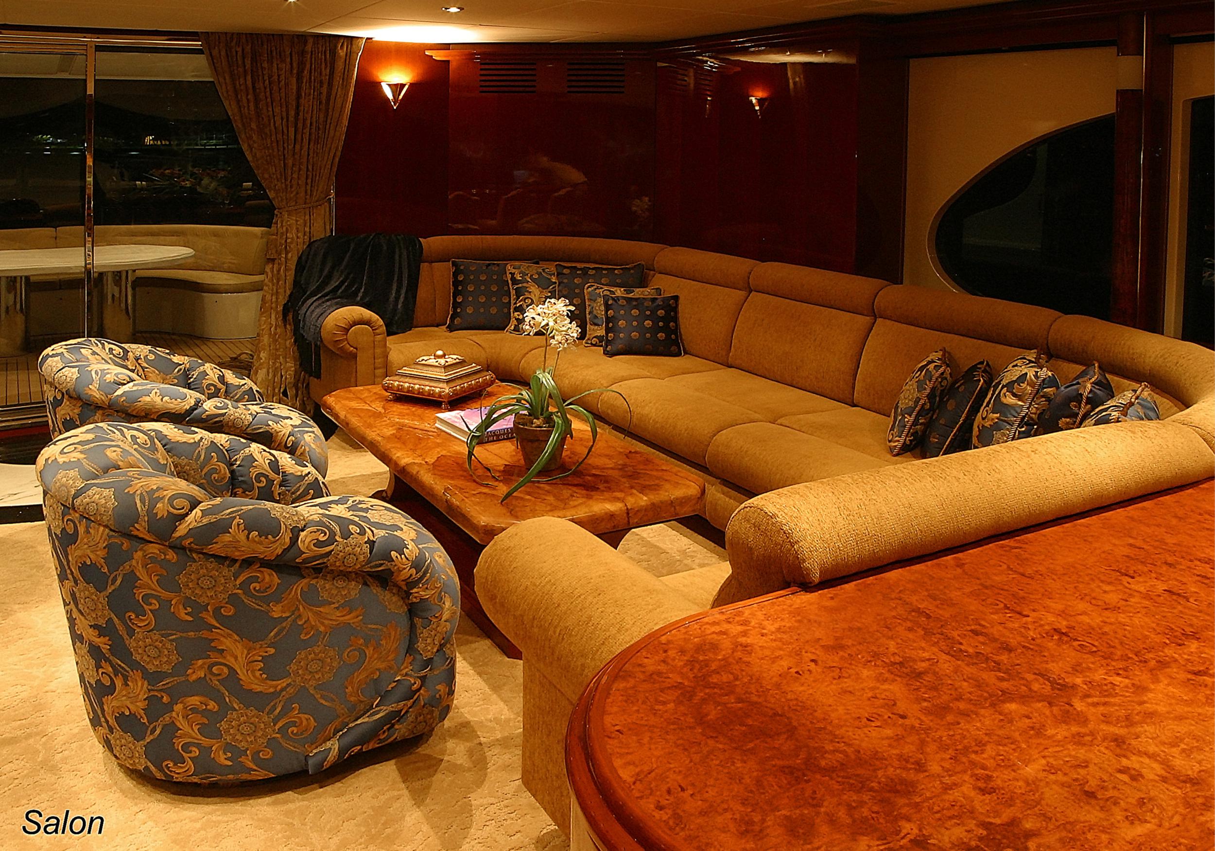Karen-Lynn-Interior-Design-Yacht-Shalimar-4.jpg