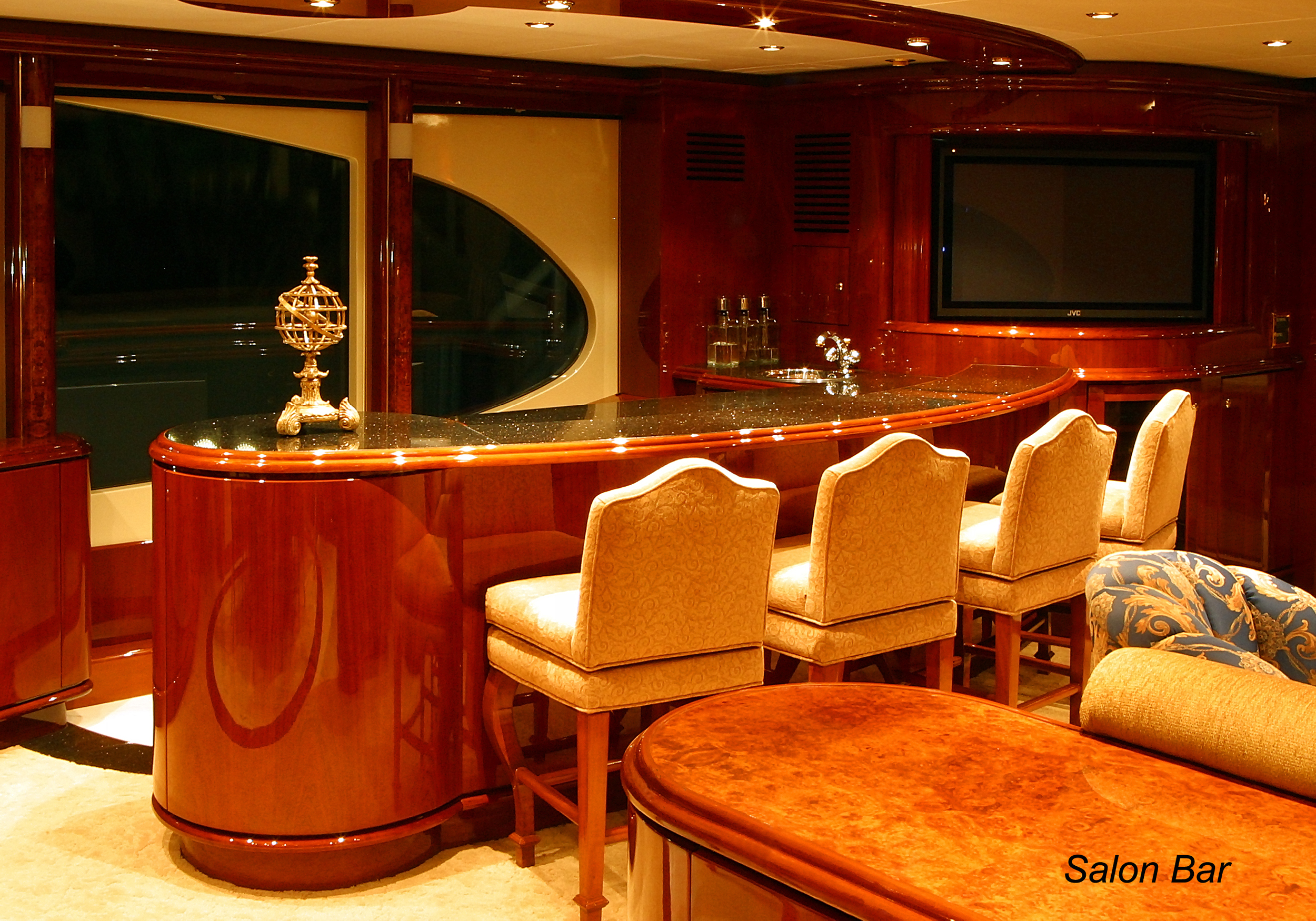 Karen-Lynn-Interior-Design-Yacht-Shalimar-5.jpg