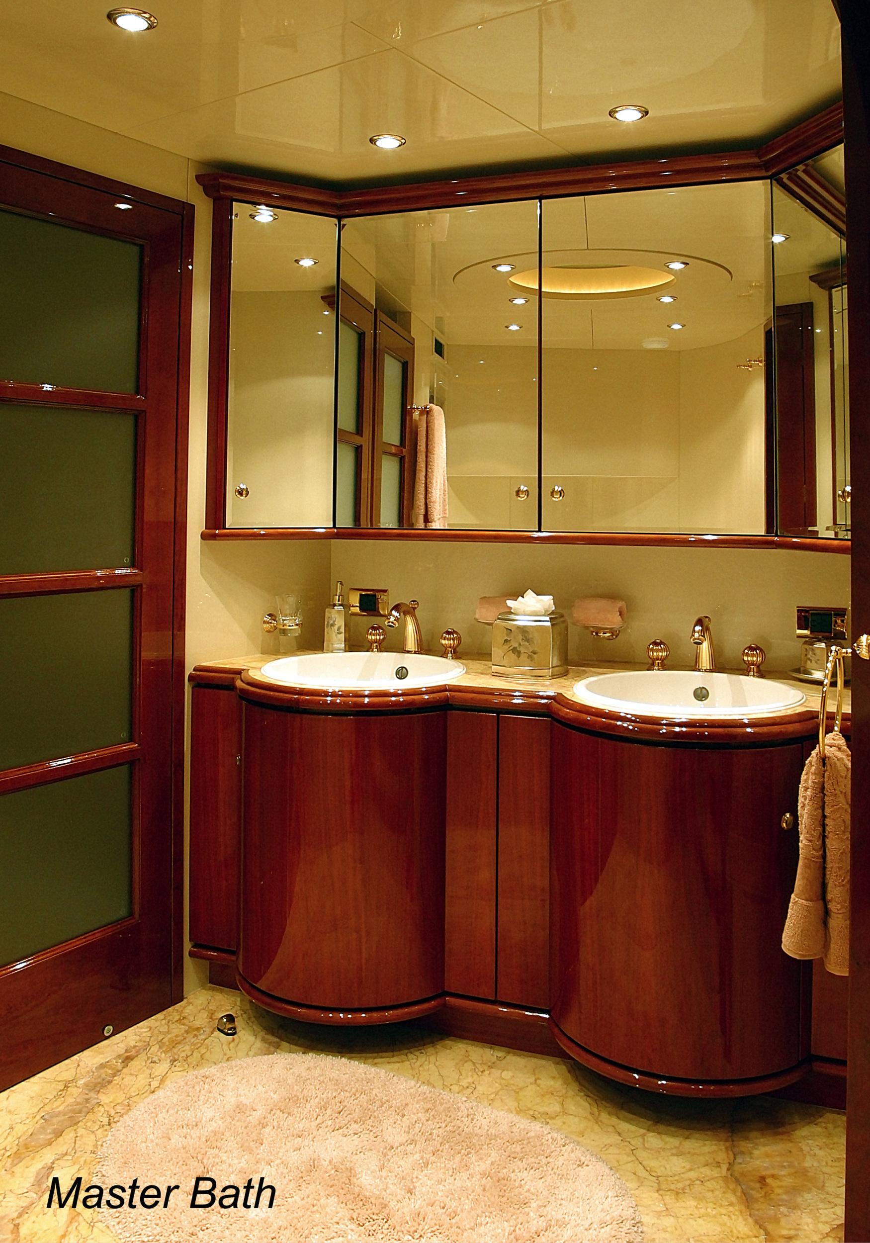 Karen-Lynn-Interior-Design-Yacht-Shalimar-12.jpg