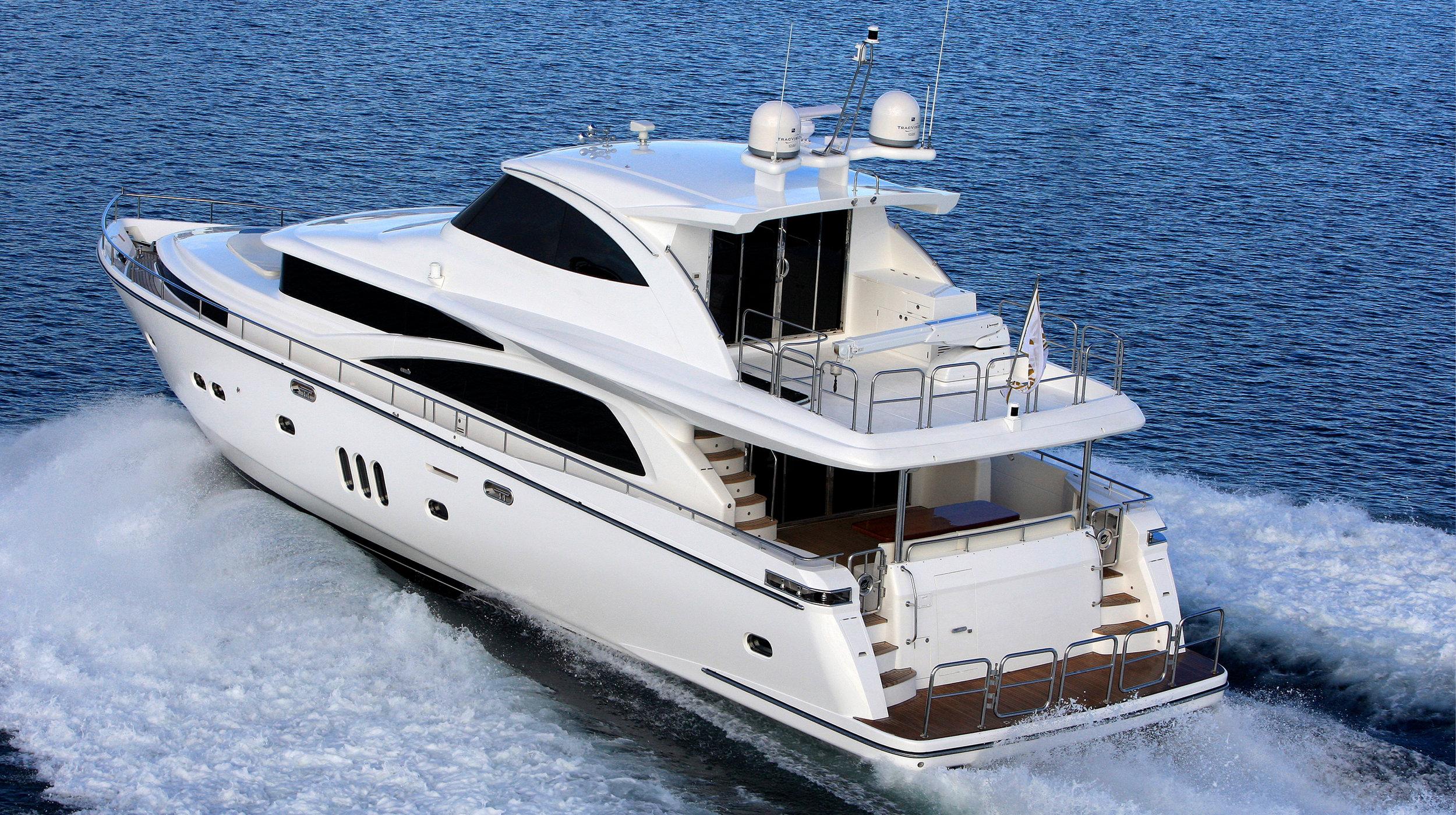 Karen-Lynn-Interior-Design-Yacht-Custom80-2.jpg