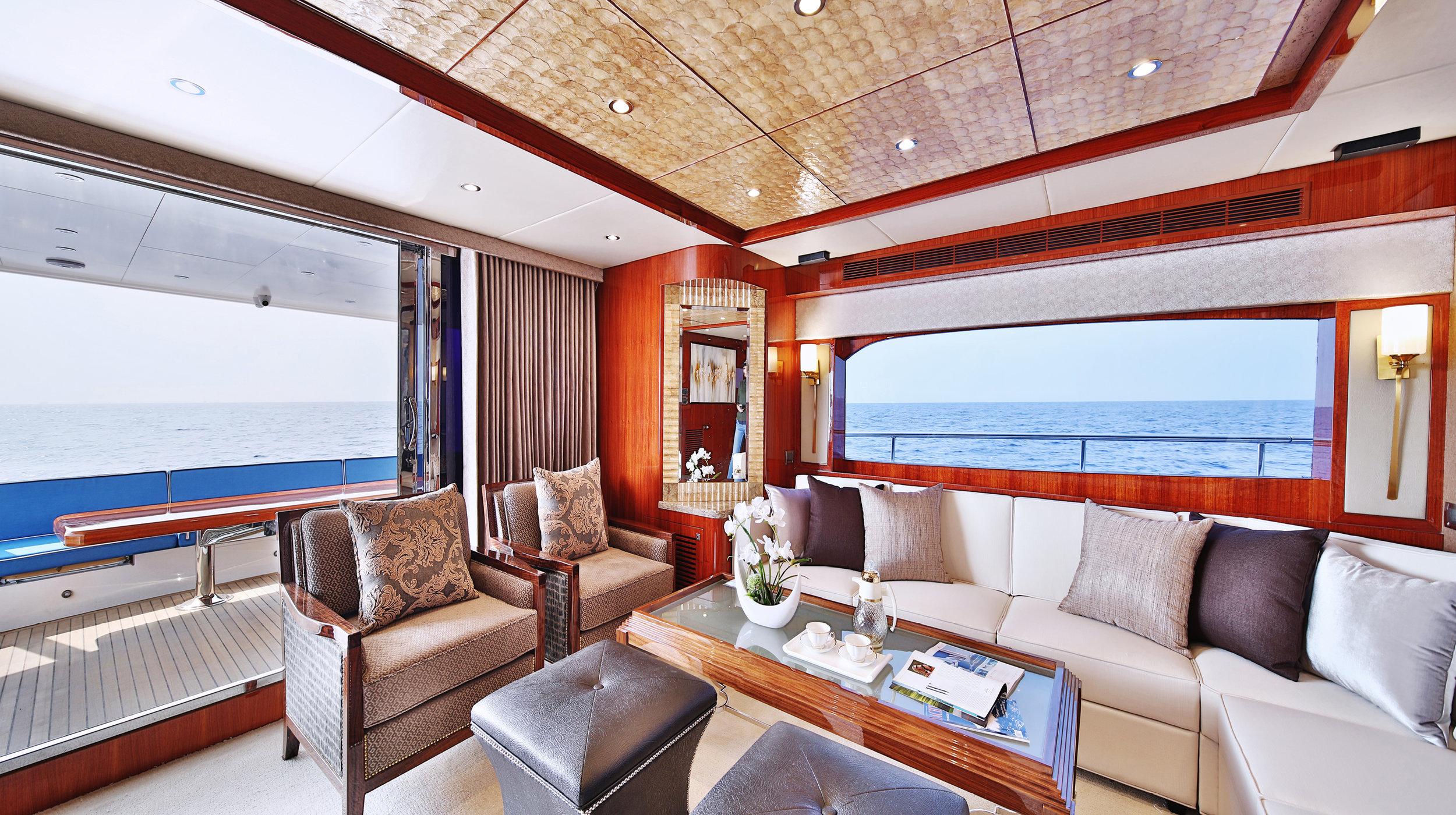 Karen-Lynn-Interior-Design-Yacht-Custom80-3.jpg