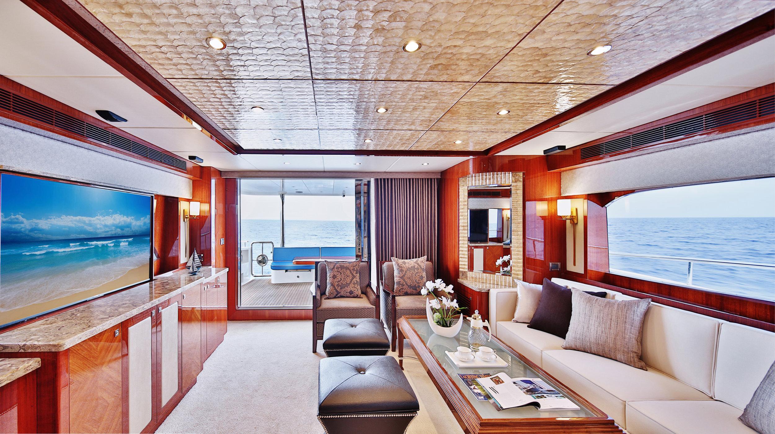 Karen-Lynn-Interior-Design-Yacht-Custom80-4.jpg