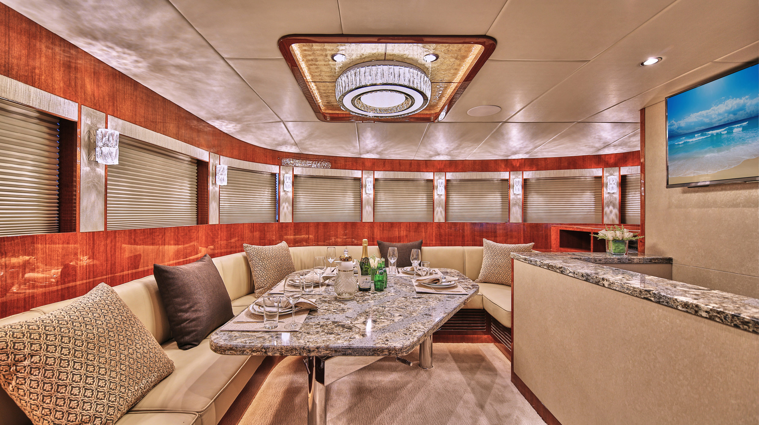 Karen-Lynn-Interior-Design-Yacht-Custom80-9.jpg