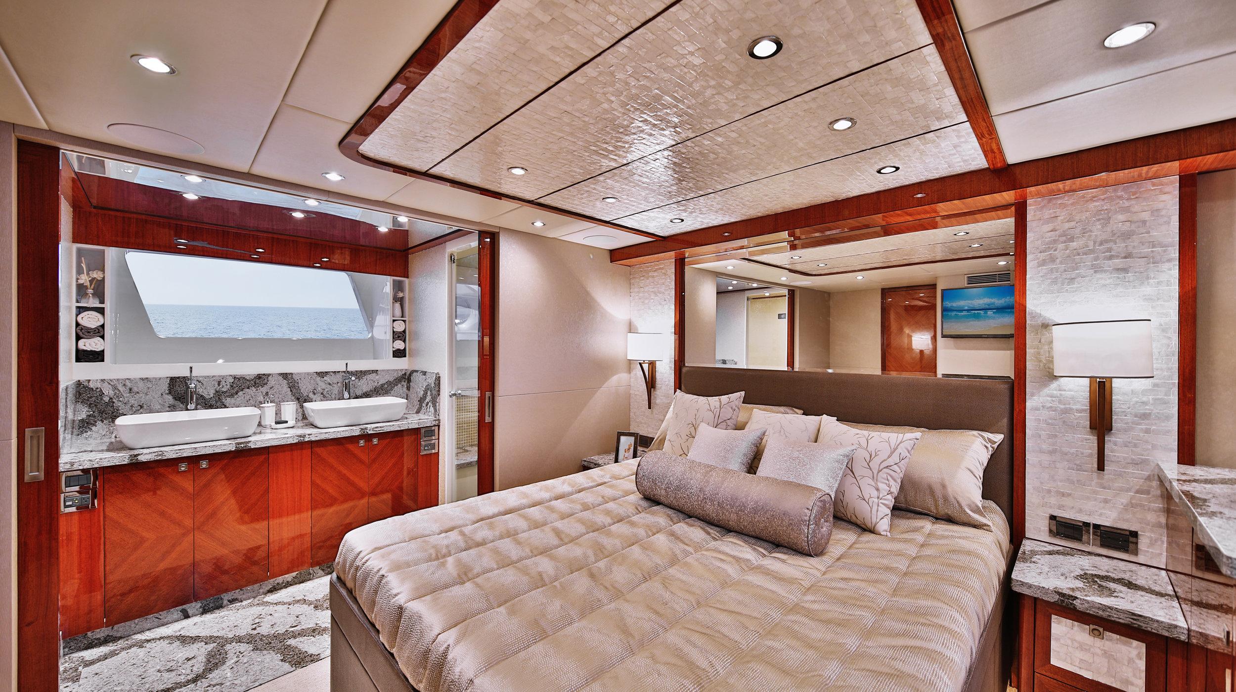 Karen-Lynn-Interior-Design-Yacht-Custom80-13.jpg