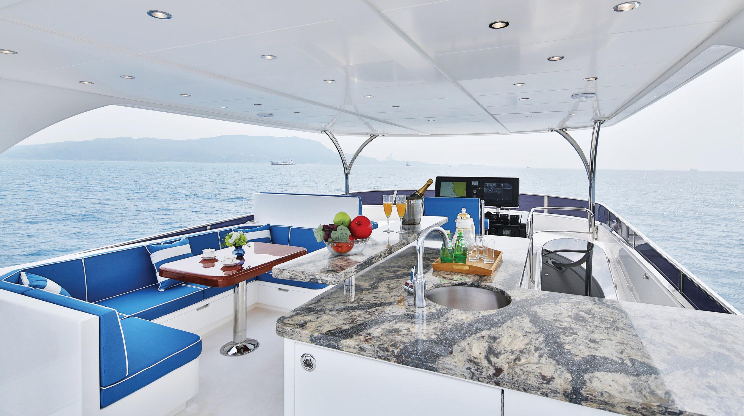 Karen-Lynn-Interior-Design-Yacht-Custom80-24.jpg
