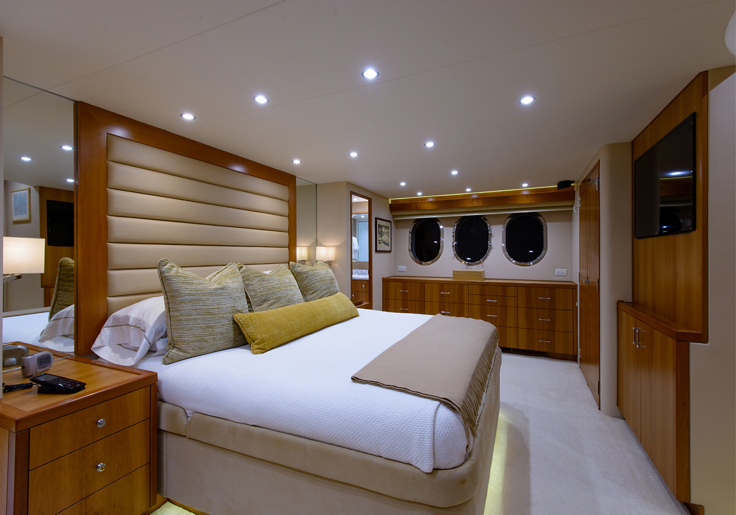 Karen-Lynn-Interior-Design-Yacht-Elmiran-N-4.jpg