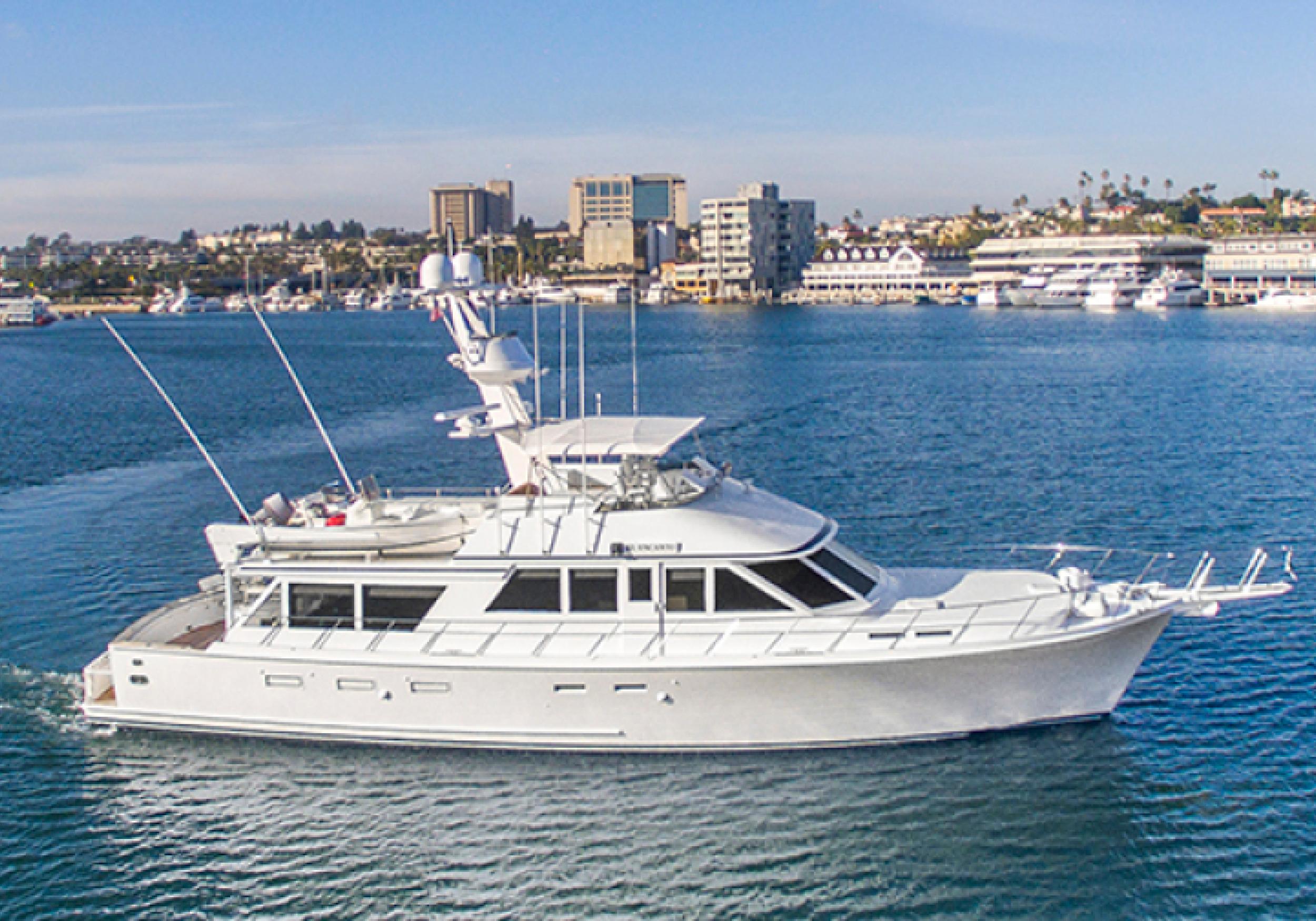 Karen-Lynn-Interior-Design-Yacht-El-Encanto-1.jpg