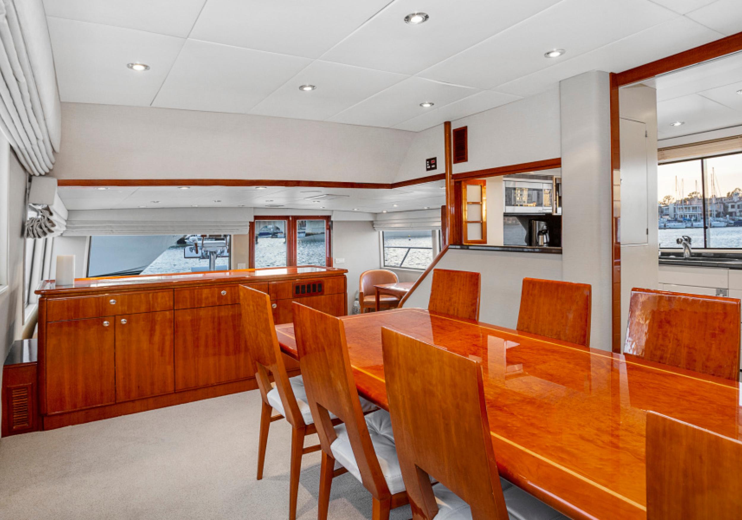Karen-Lynn-Interior-Design-Yacht-El-Encanto-5.jpg