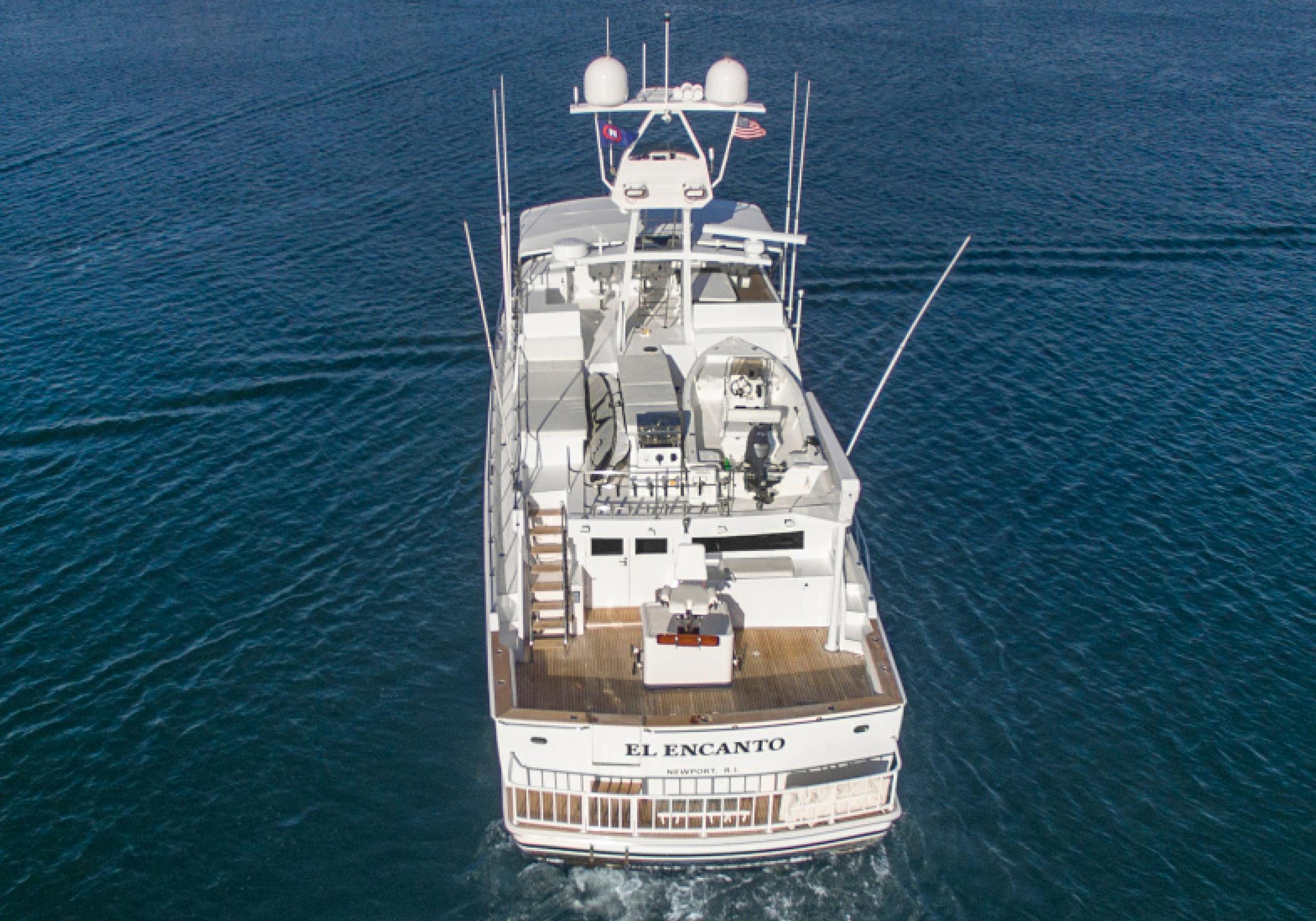 Karen-Lynn-Interior-Design-Yacht-El-Encanto-2.jpg