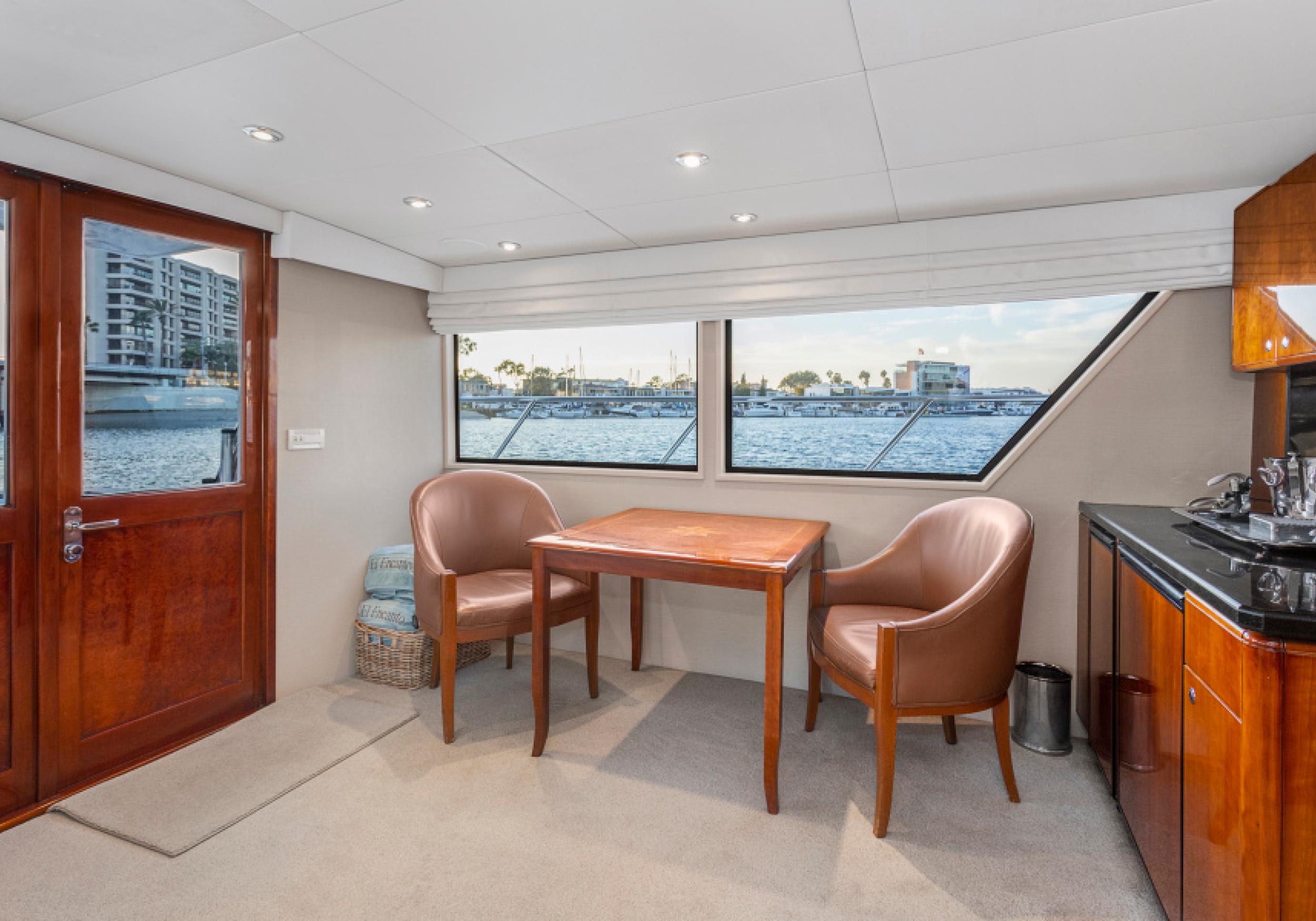 Karen-Lynn-Interior-Design-Yacht-El-Encanto-6.jpg