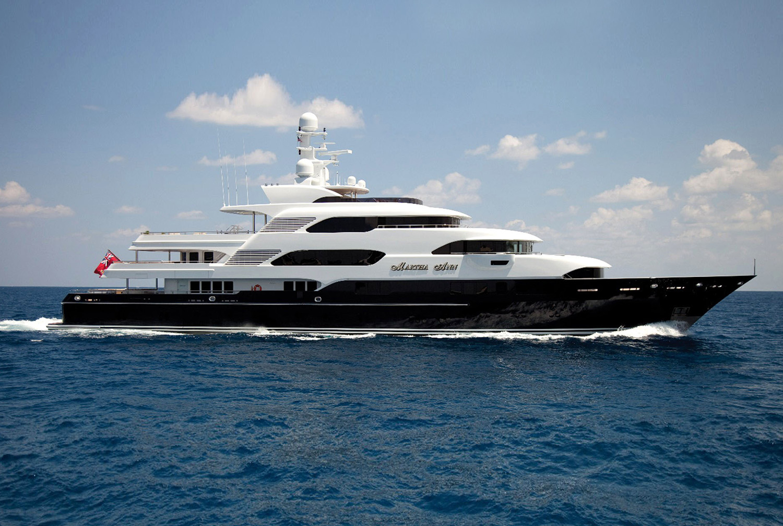 Karen-Lynn-Interior-Design-Yacht-Martha-Ann-1b.jpg