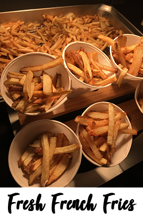 Our french fries are cut on-site at your event and fried right before your eyes. Displayed in cute little to-go cones for you to pick up fresh!