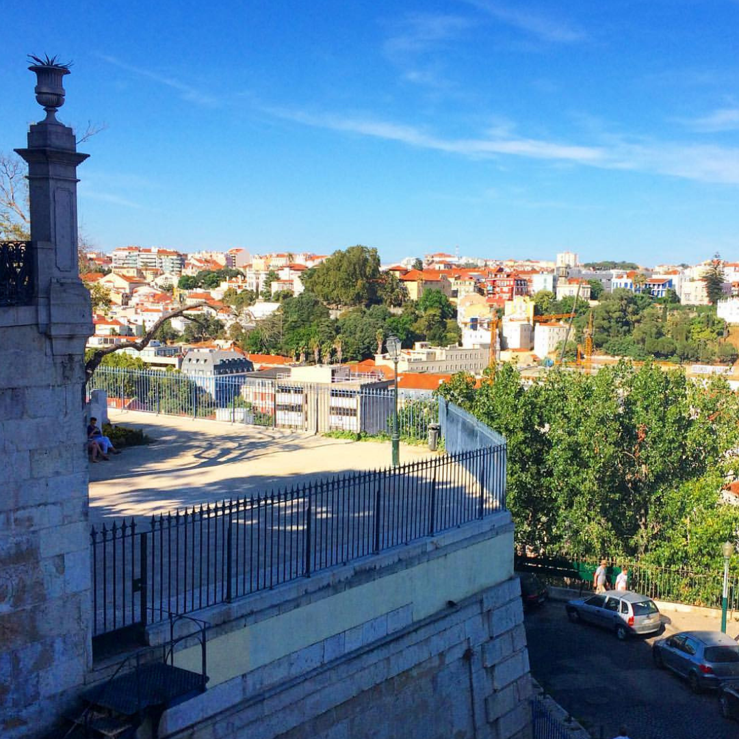 travel - Planning a visit to Lisbon? Ask me anything.