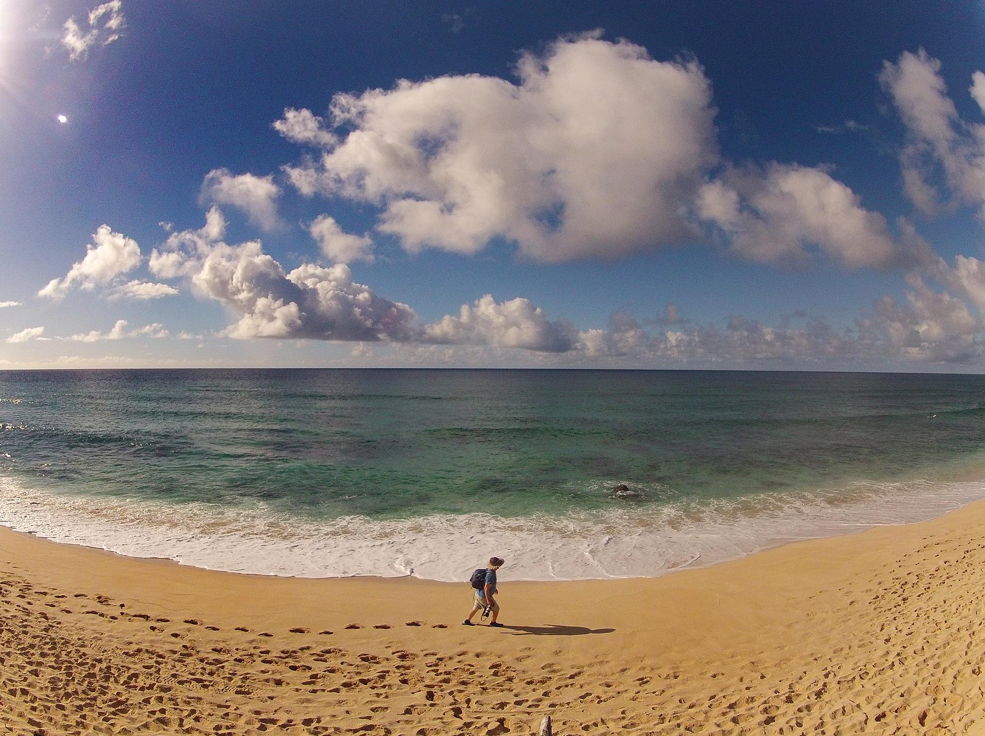 HawaiiNorthShoreGoProSelfieSMALL.jpg