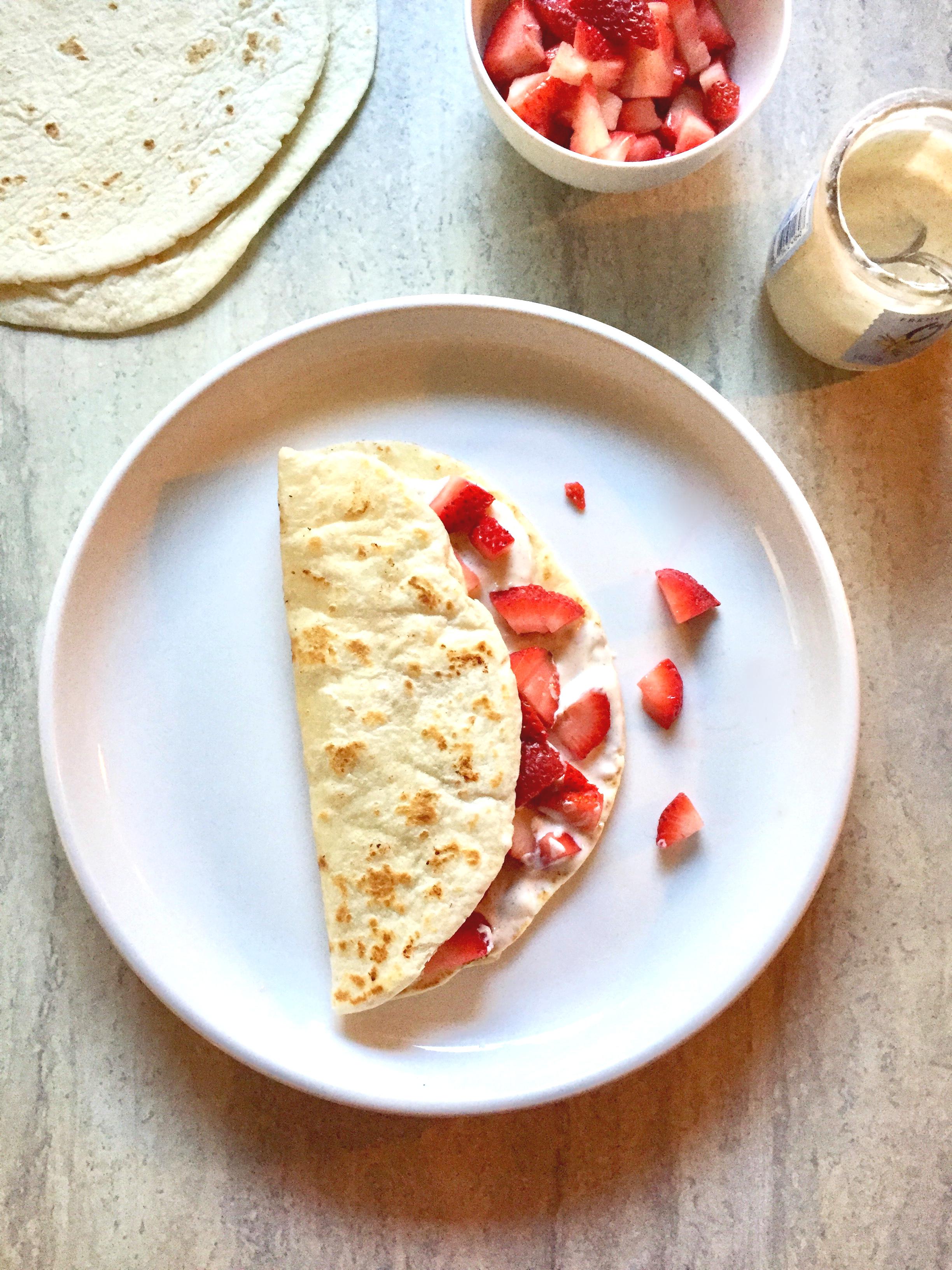 Strawberry Cheesecake Dessert Taco