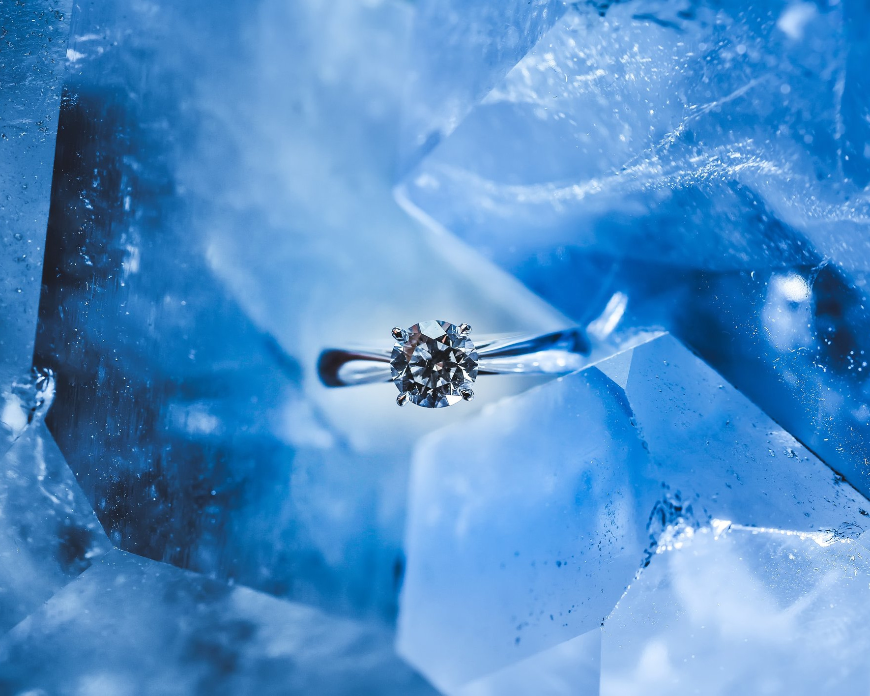 """Diamond Cut - Does not refer to a diamond's shape, but to the proportion and arrangement of its facets and the quality of workmanship. The amount of brilliance, sparkly and fire in a diamond is determined by cut. Grades range from """"Excellent"""" to """"Poor""""."""
