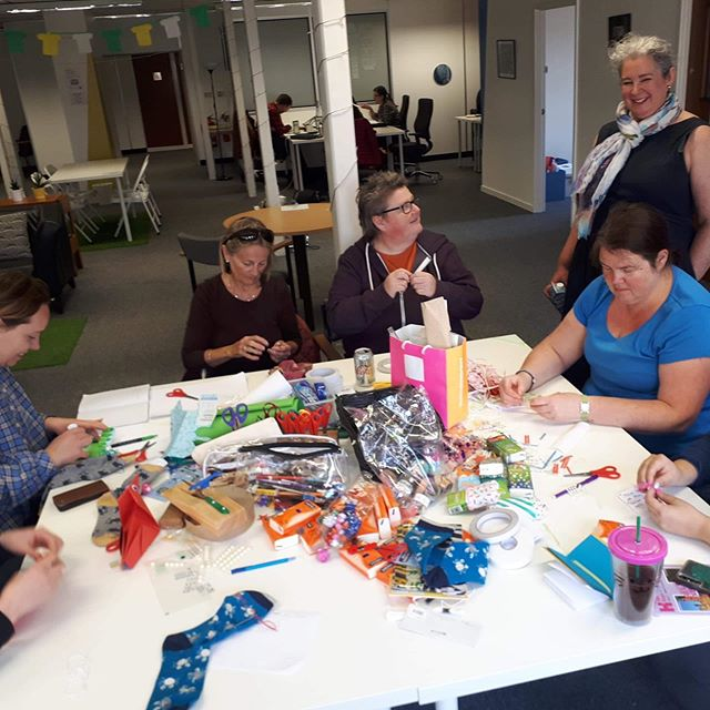 🎉1 WEEK TILL OUR LAUNCH NIGHT!! 🎉 ⭐️ During the night @newbridgesociallyawkward will be running a drop in craft workshop. Whether you fancy bedazzling some socks or learning to make a paper duck, pop along to Citizens House between 5 - 9pm and get stuck in! 🦆💎🧦 ⭐️ #newbridgeproject #sociallyawkward #awkwardart #consett #connyartfestival #communityart #socialart #whatsonnortheast #countydurham #newcastle #shotleybridge #artfestival #leadgate #connybongo #exhibition#costadelconsett #workshop #craft