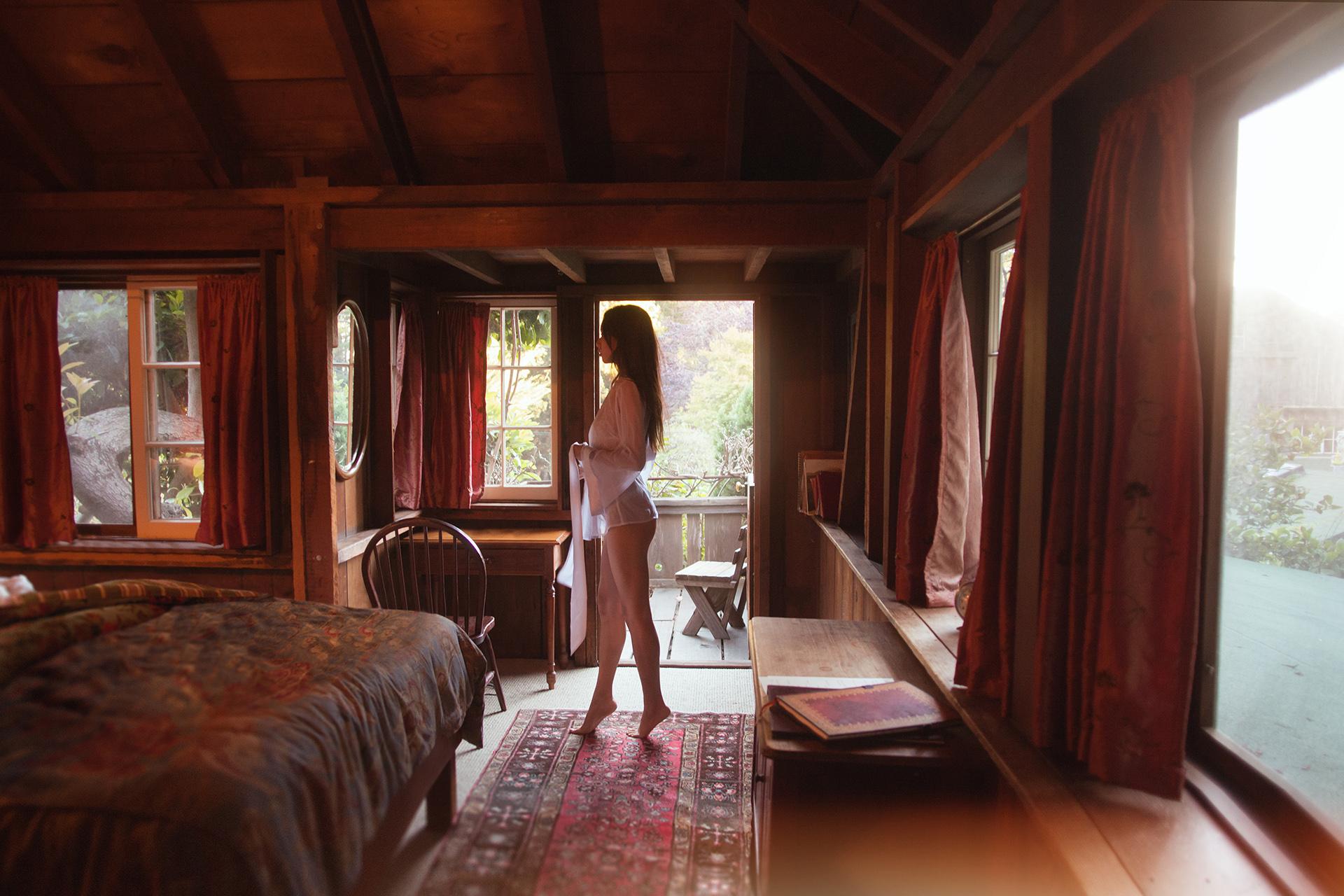 hamilton-photo-studio-the-lunar-loft-boudoir-studio-lingerie-04.jpg