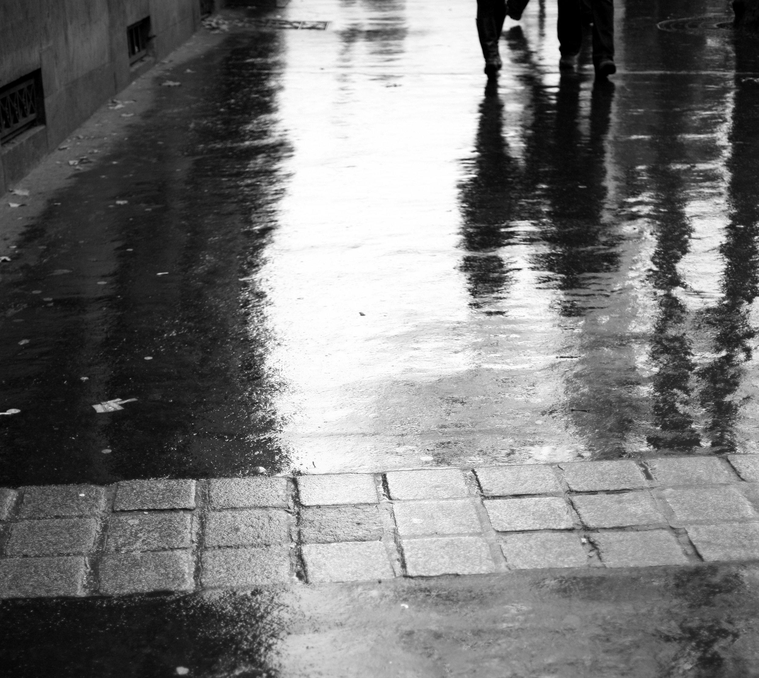 Pluie sur le boulevard