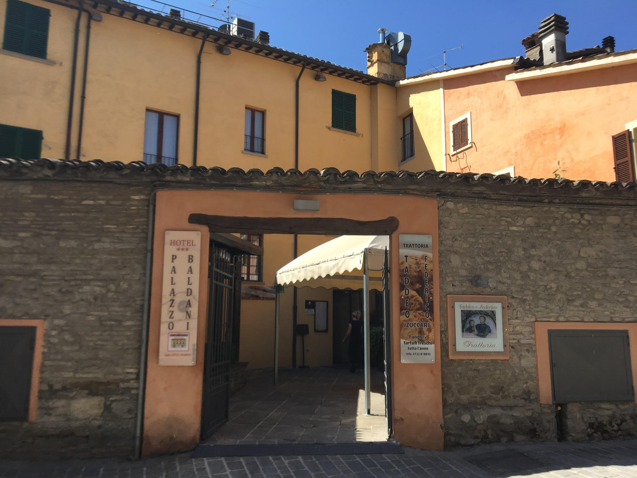 The front of the hotel as seen from the plaza in Sant'Angelo in Vado.