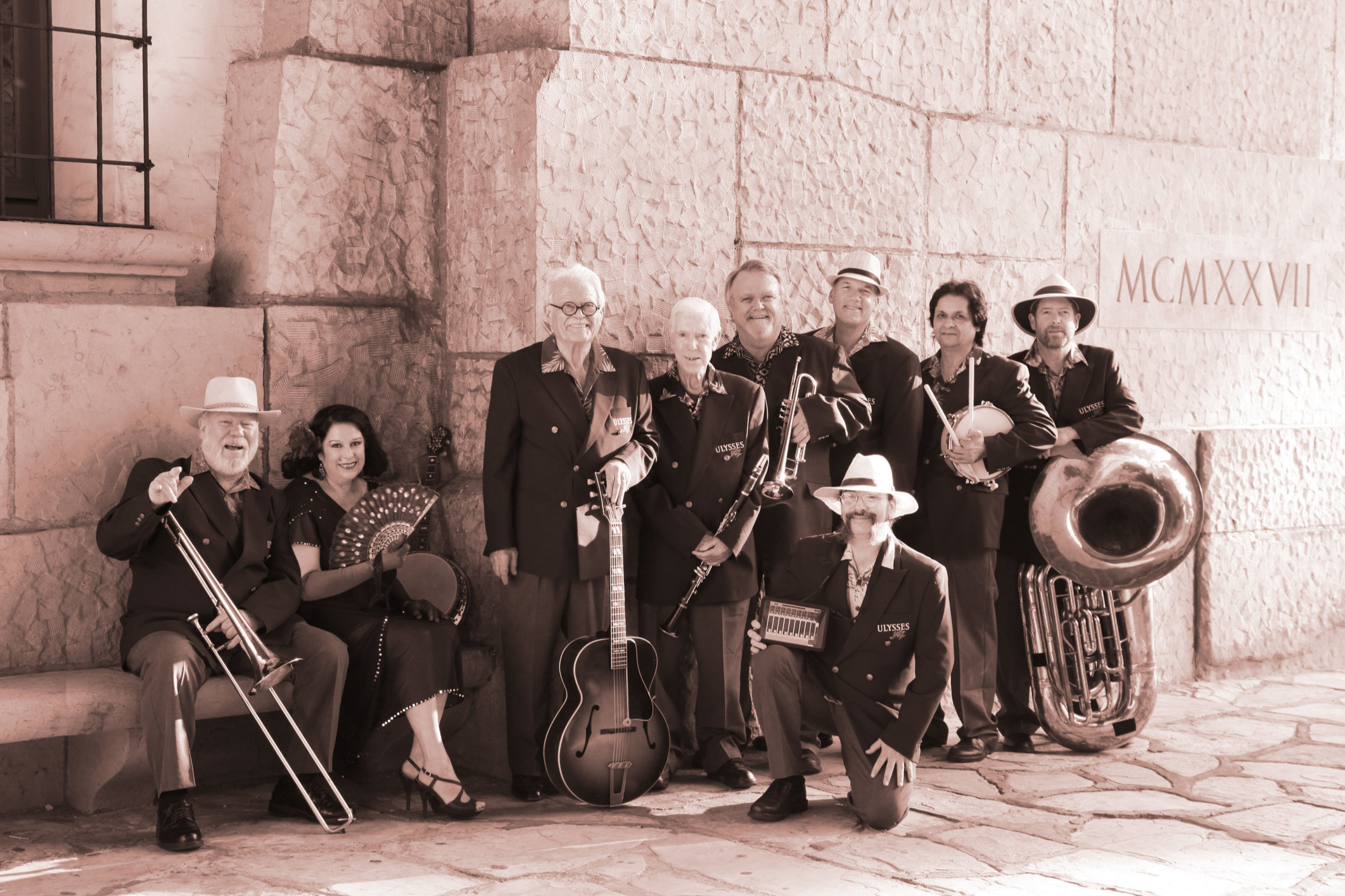 Ulysses Jasz Band - December 29th • Momentum Dance StudioFor over 20 years, Ulysses Jasz has been playing their festive traditional jazz tunes from the 20's and 30's to Santa Barbara residents at The James Joyce. We are excited to welcome them back to Santa Swing this year!
