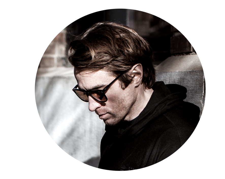 Tim Taylor - CO-FOUNDER / BUS. DEV.With a knack for creative marketing and branding, Tim is looking to shake up the traditional O&G industry.