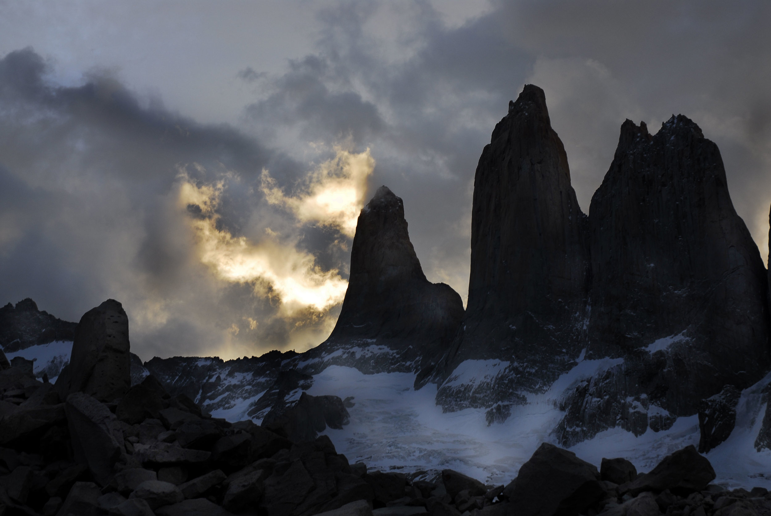 Copy of Torres del Paine | Torres del Paine National Park | 51°0′0″S 73°0′0″W