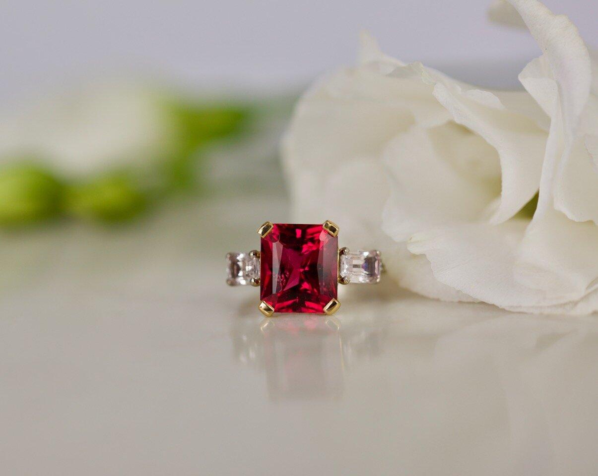Rubellite (tourmaline) and diamond ring. Image: Tallulah