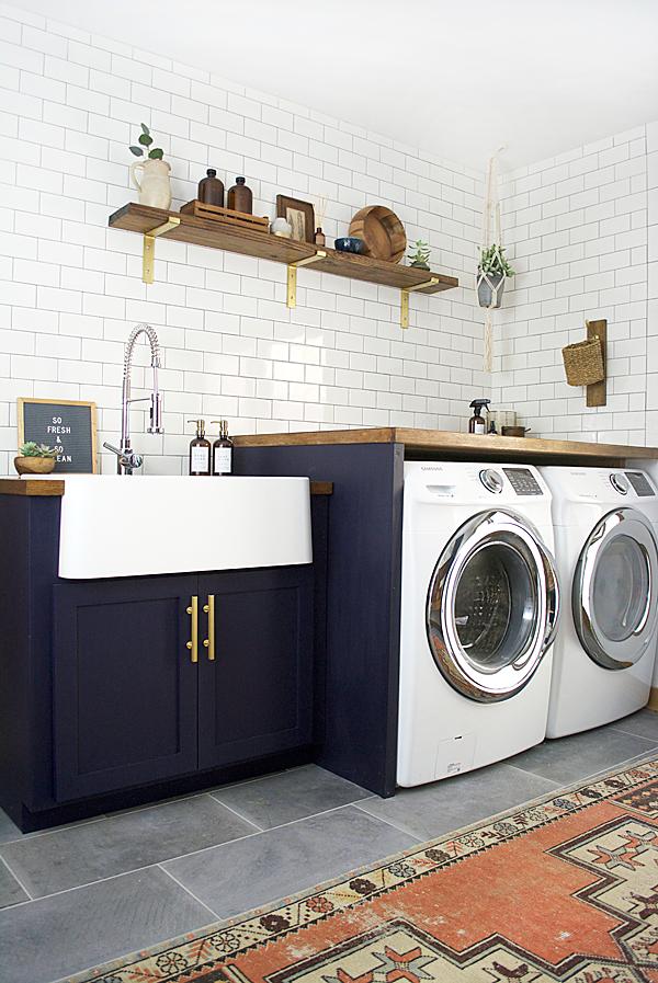 modern-navy-laundry-mud-room-reveal-33