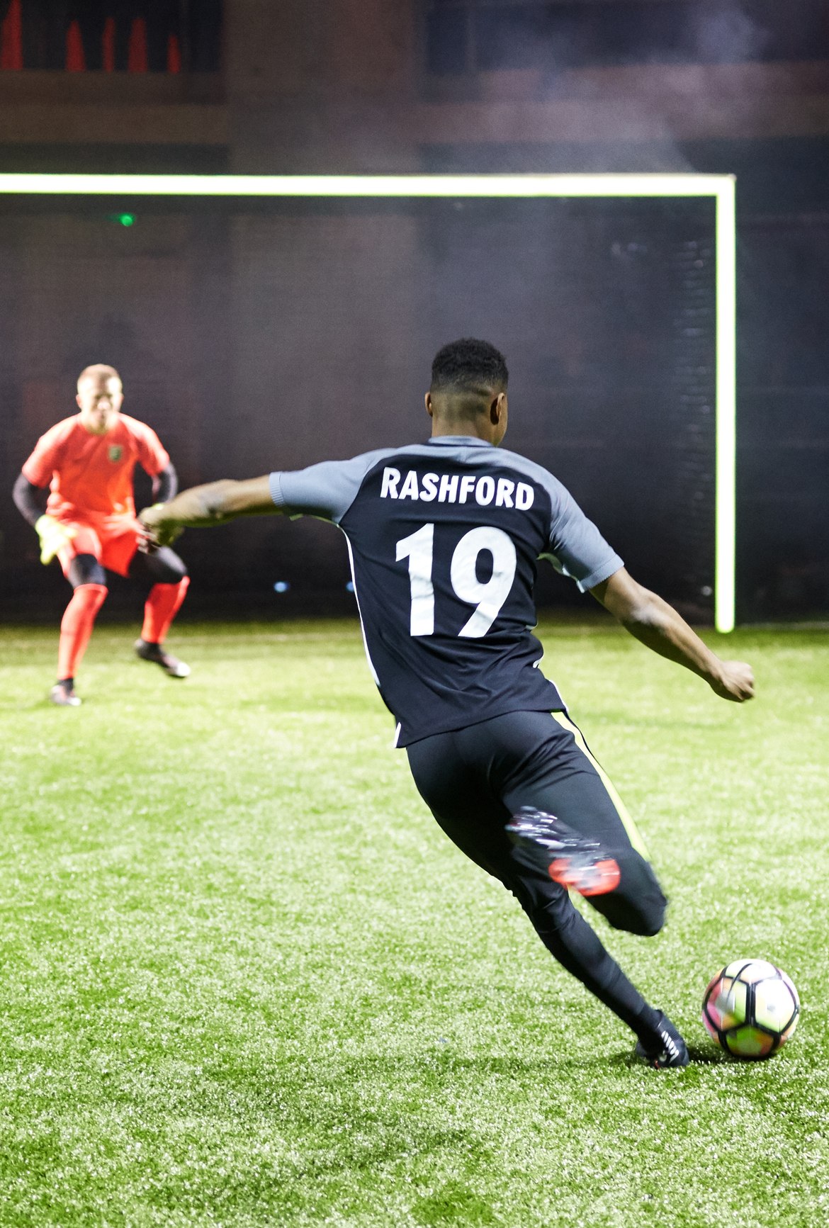 nike_strikenight_rashford4.jpg