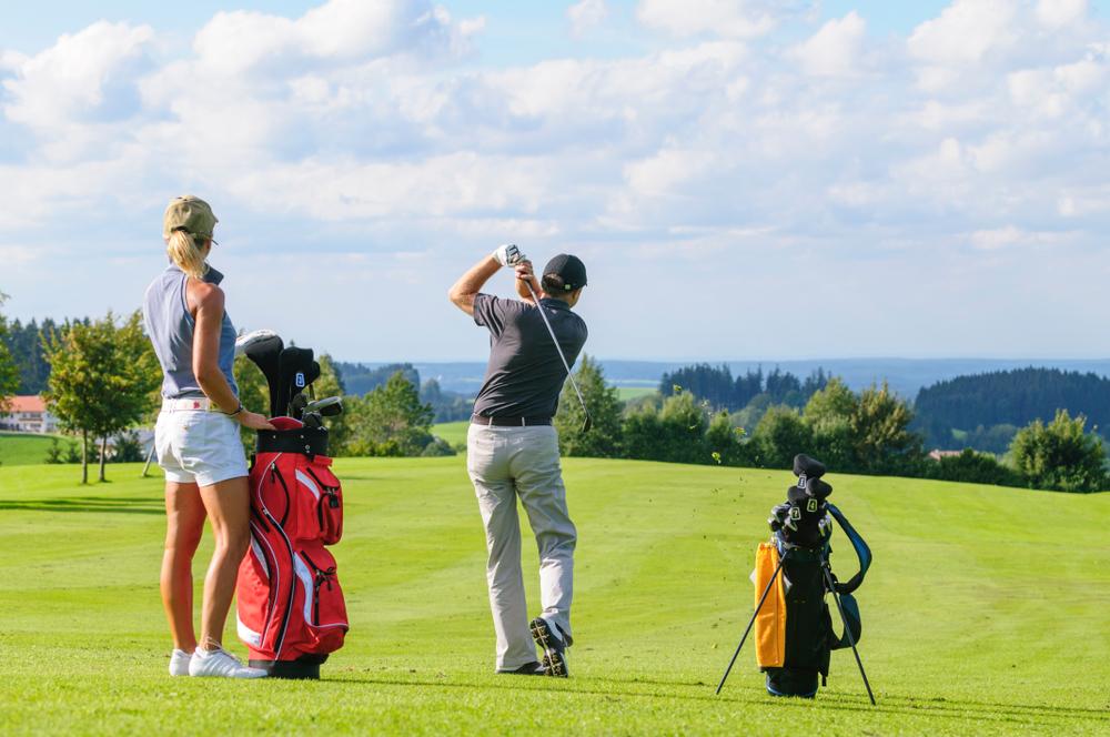Golfing Couple Medium.jpg