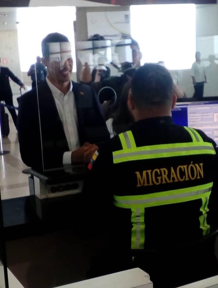 Juan Guaido arriving back at Maiquetia airport on the 4th March
