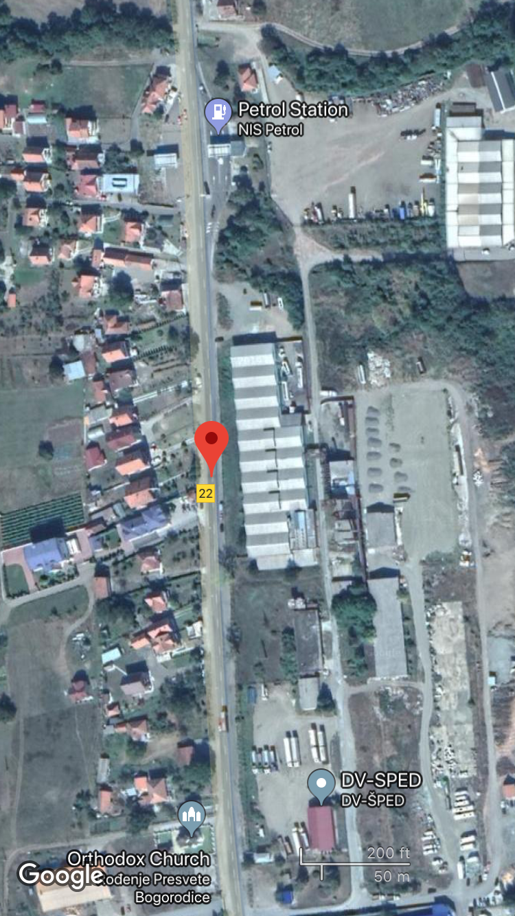 My geolocation of the video. The warehouses on the right of the road and the service station an both be identified in the video of the convoy