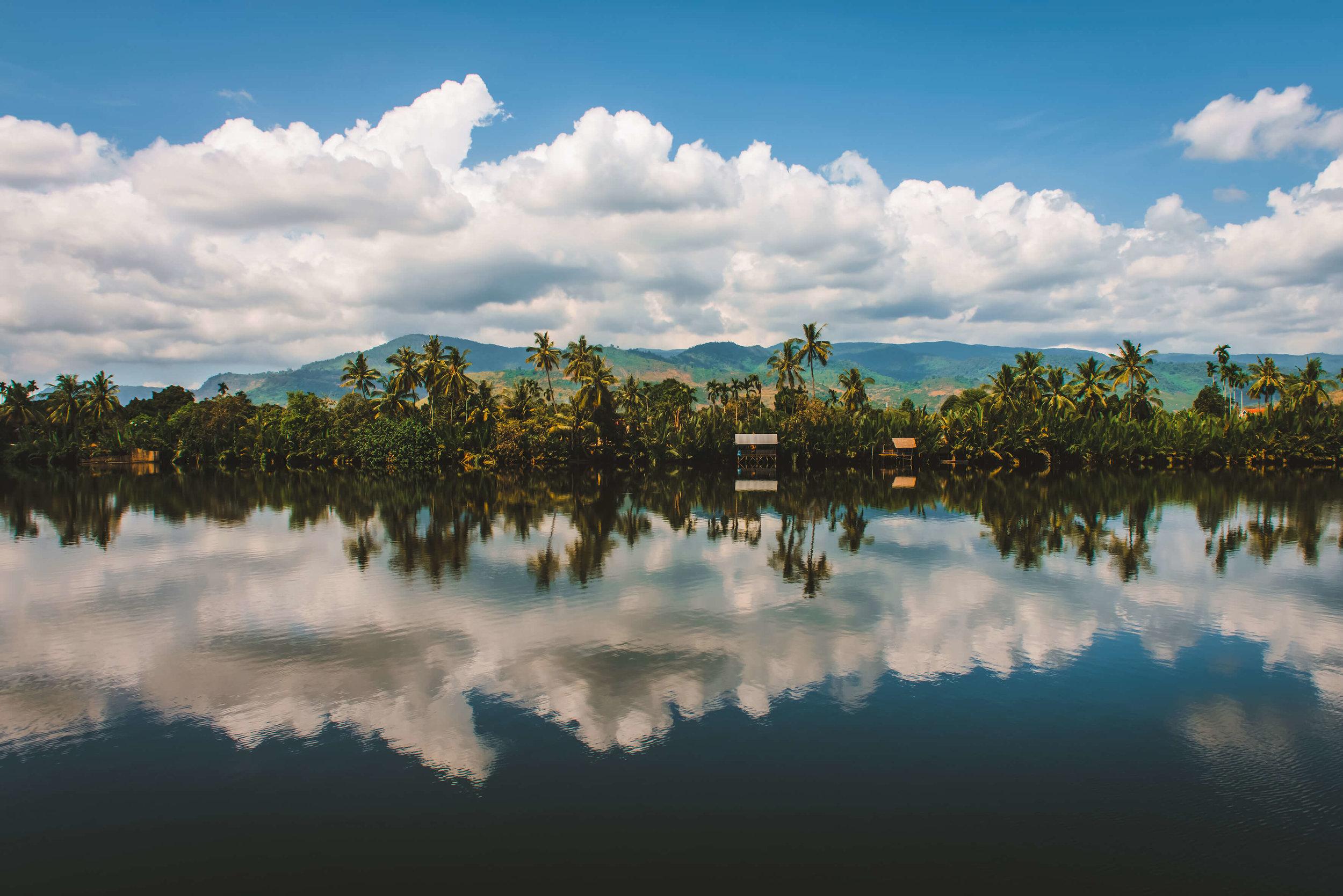 yogaretreat_yoga_meditation_retreat_cambodia_tula_river_retreat_2_3.jpg