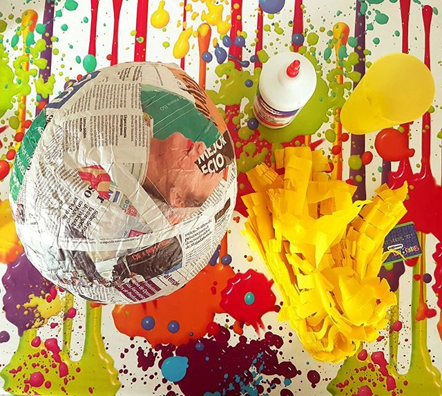 #piñata #underconstruction #diy #doityourself #color #explosion #art #artist #artwork #likeachild #culture #spain #vibration