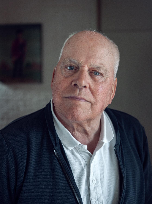 Writer Sytze van der Zee   for Het Parool