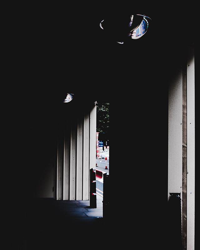 • Watching • Millbank, London • Fujifilm X-T3 w/ XF18-55mm • 04/08/2019 ••••••••••••••••••••••••••••••••••••••••••••••••••• #photooftheday #photographer #fujifilm #street #fuji #xt3 #fujifilmxt3 #instagram #instagood #streetstyle #love #city #urban #photo #picoftheday #lensculture #urbanphotography #photoshoot #art #london #shadows #fujifilmglobal #fujifilm_global #fujifilm_street #streets_storytelling #life_is_street #myfujifilm #streets_vision #storyofthestreet