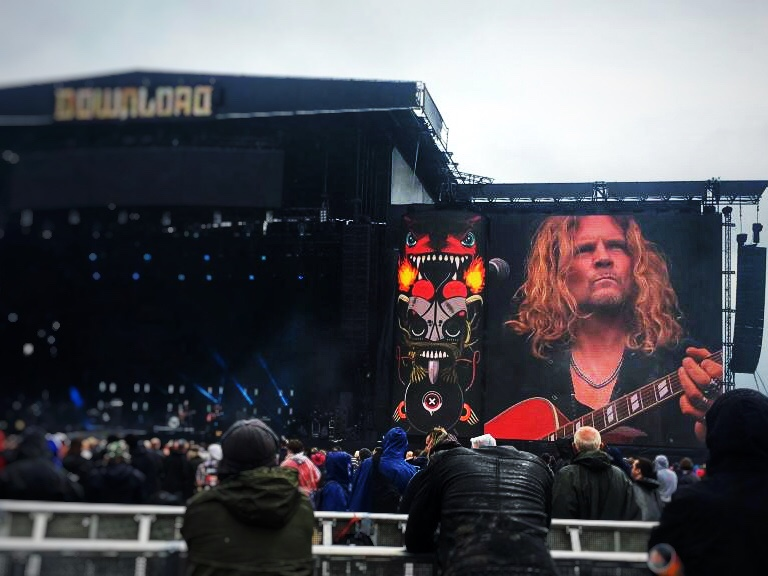 Tesla's Frankie Hannon - Download Festival 2019