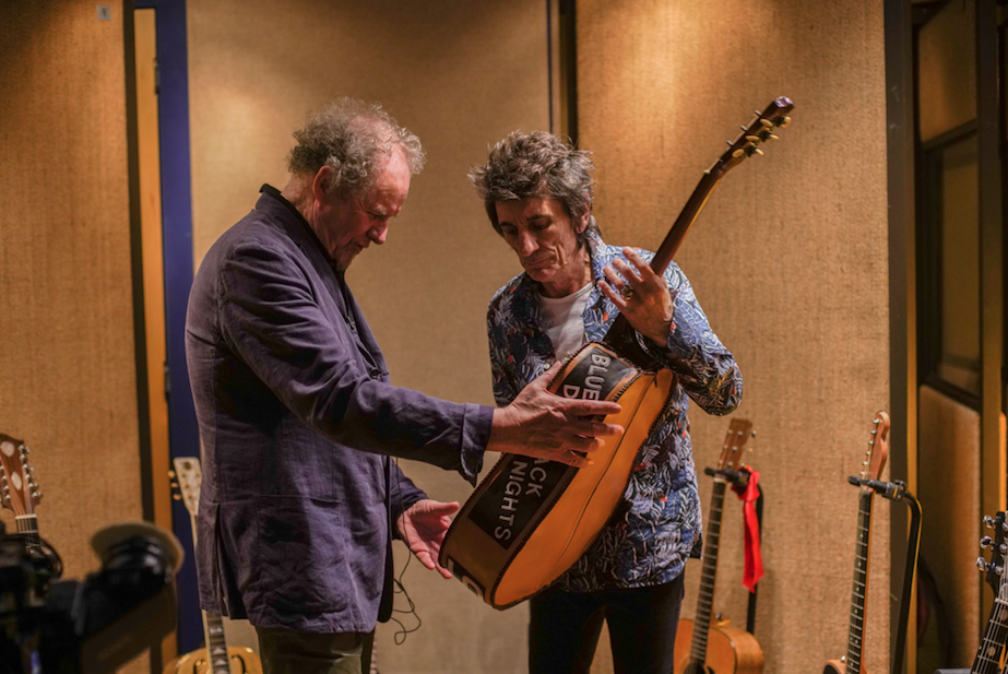 Director Mike Figgis with Ronnie Wood.