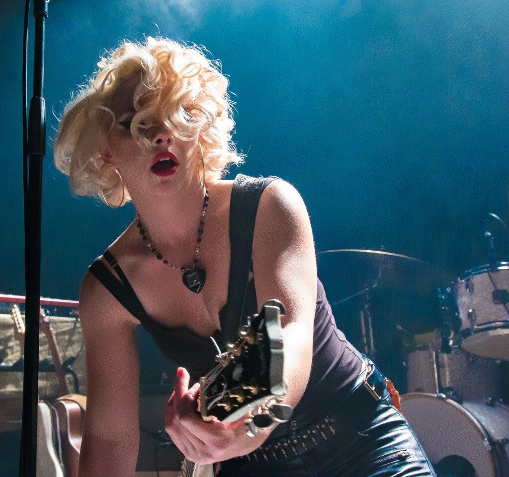 Samantha Fish by Backstage Flash_no watermark.jpg