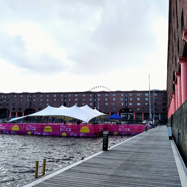 If you happen to be around Liverpool today, come down and see us at our floating play world on @thealbertdock with @canalrivertrust #popupplay #summeronthedock 🌞