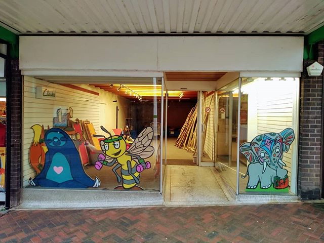 Very exciting news for Urban Wilderness today as we take on a unit at Longton Exchange Shopping Centre for the next 2 years!! Our character signs are looking awesome in the windows already 🐝🐘🦊🐙🐌🐒