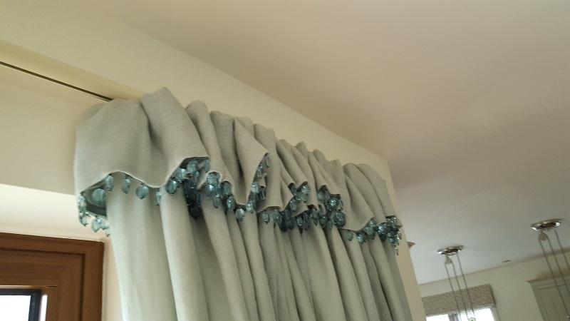 Flop over beaded curtain heading -