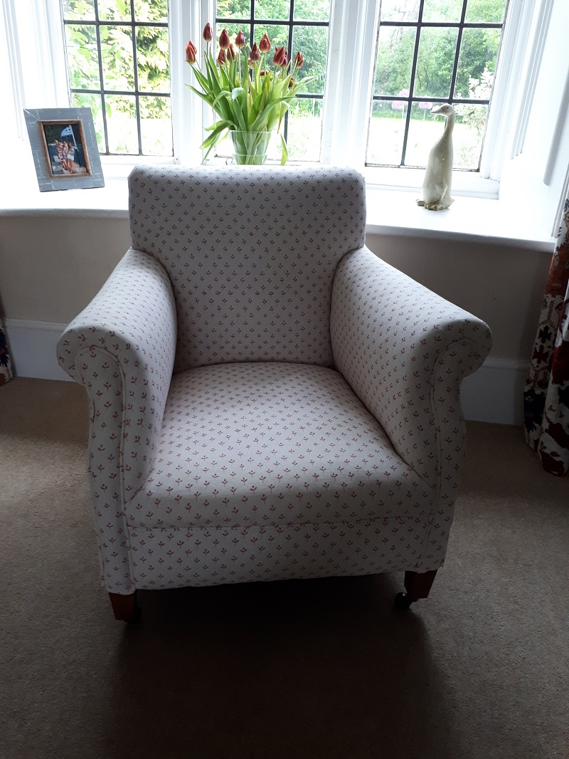 Sarah Hardaker Coco for this pretty chair -