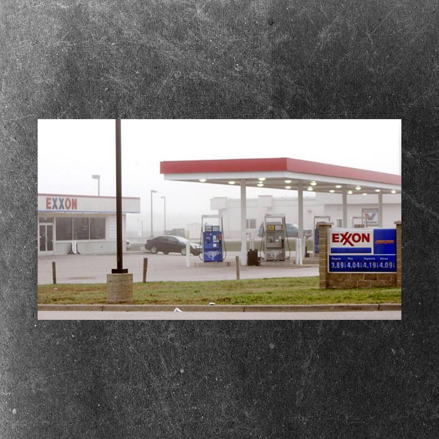 Norton Shores Exxon gas station