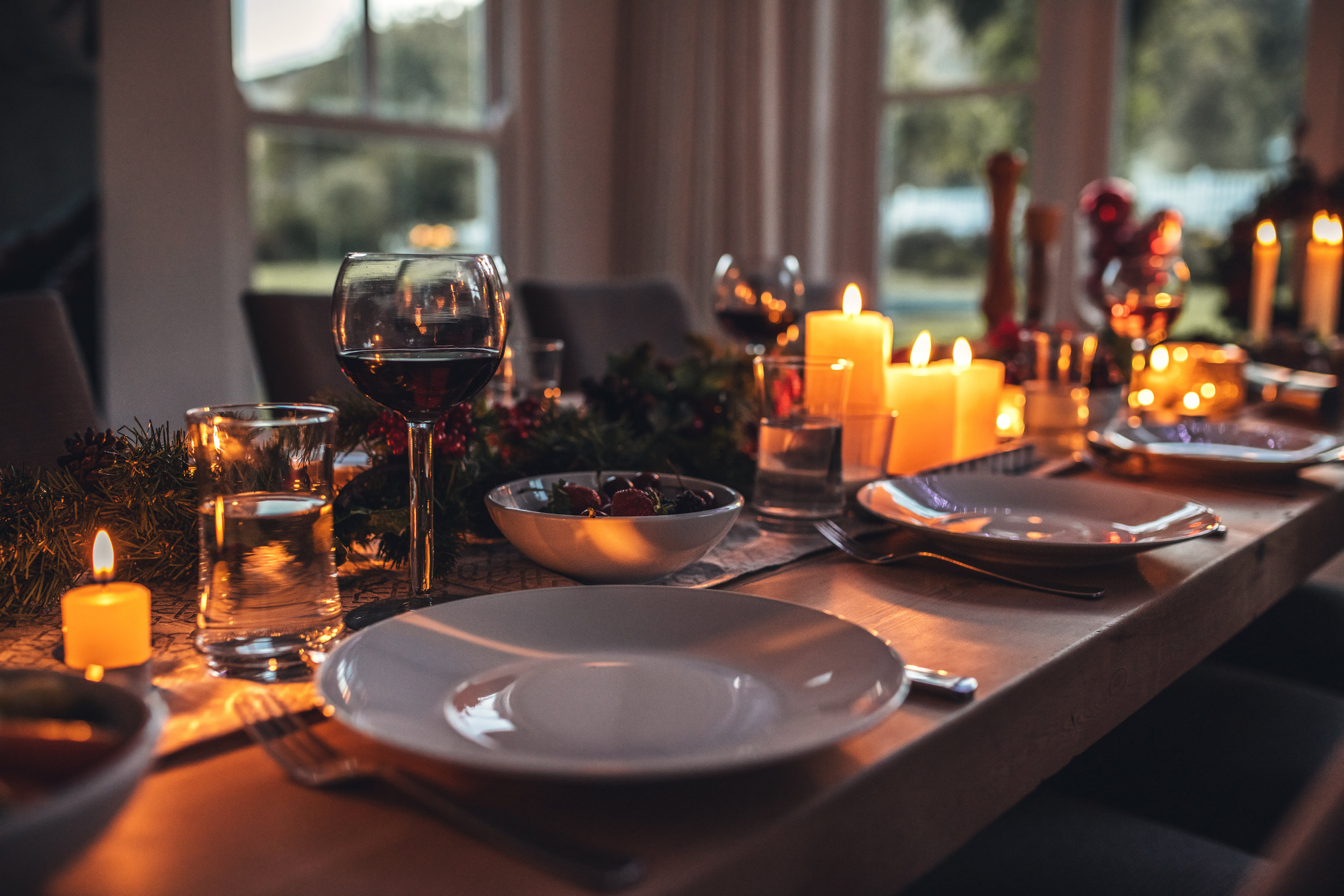 iStock-863577920-Winter-dinner-party.jpg